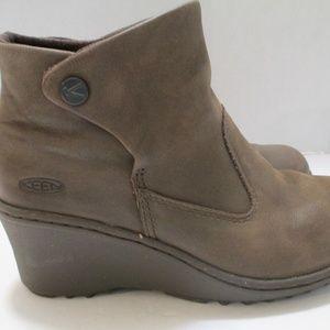 Keen Akita Brown Leather Booties Wedge Heel 5 1/2